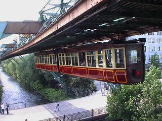 Wuppertal_kaiserwagen.jpg